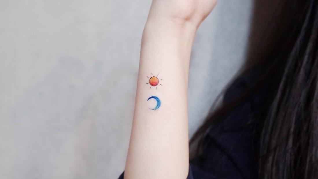 minitatuaje sol y luna